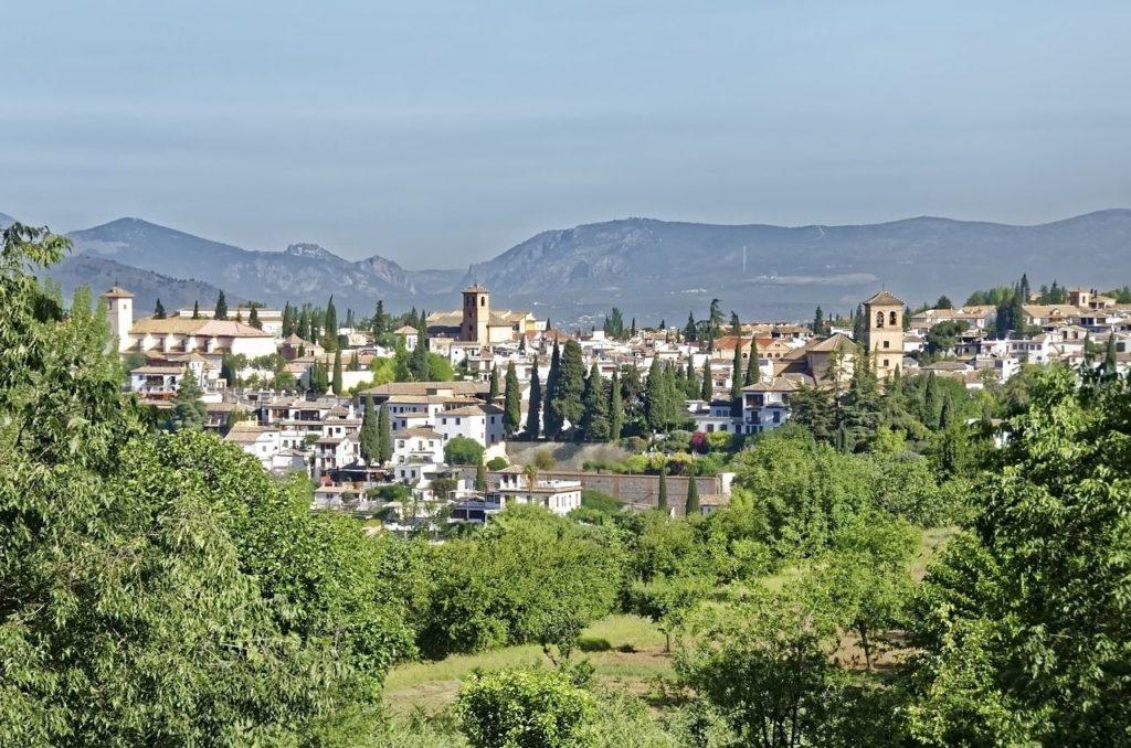 Lugares para visitar en Granada estas vacaciones